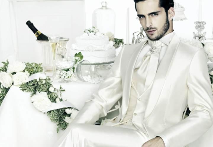 trajes de novio preciosos colores modernos 2015