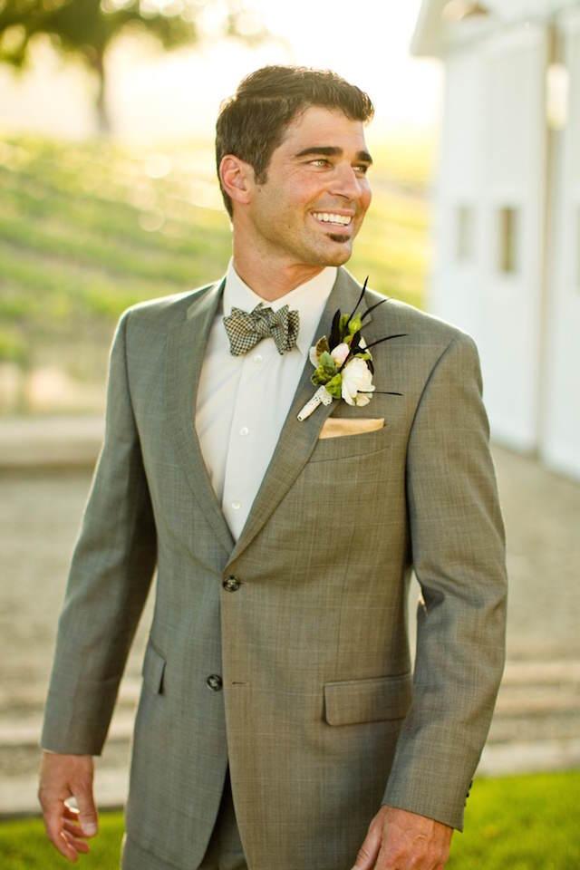 Traje de novio para boda vintage