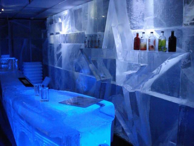 bar hecho de hielo organización despedida celebración