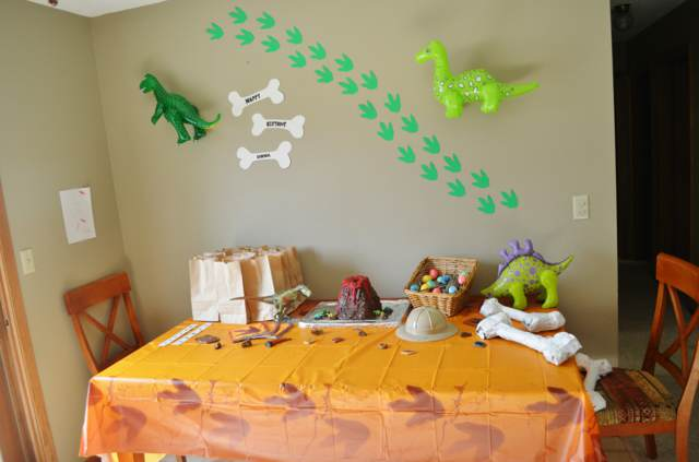 decoración original fiesta infantil ideas tema dinosaurio