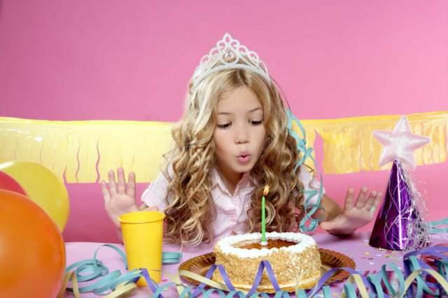 fiestas infantiles divertidas regalos pastel temático