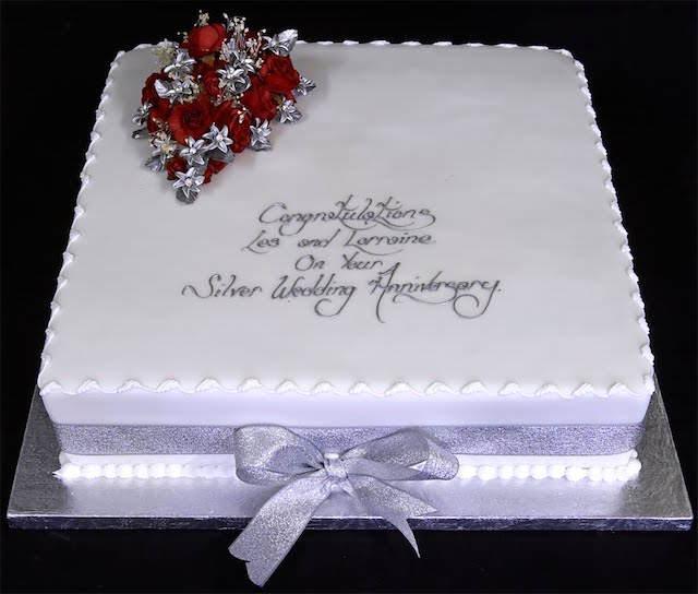 elegante pastel para 25 años aniversario