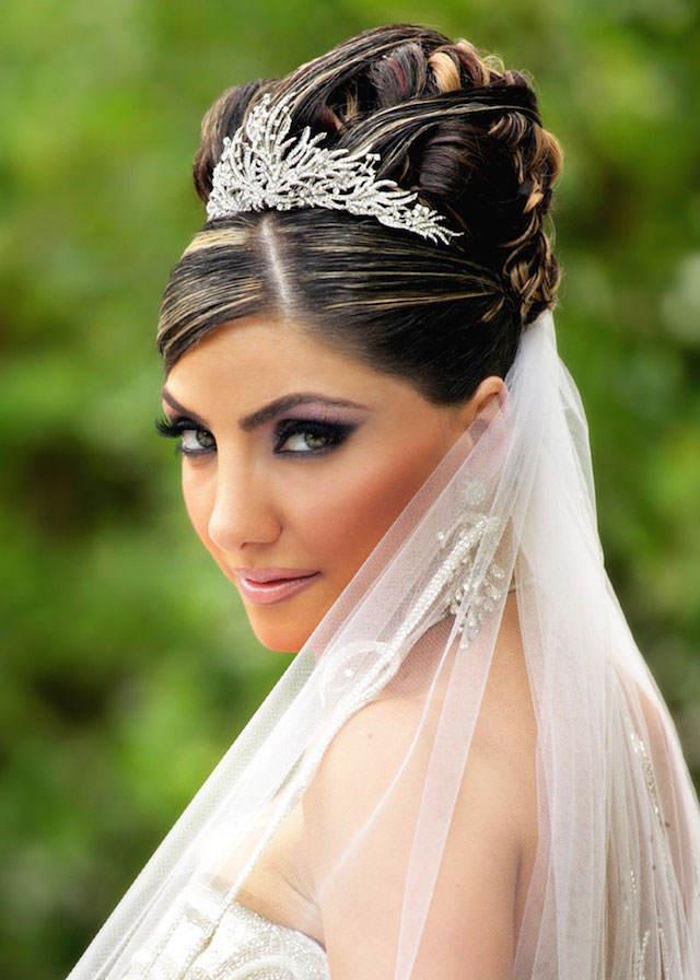 mirada expresiva maquillaje novia bonita