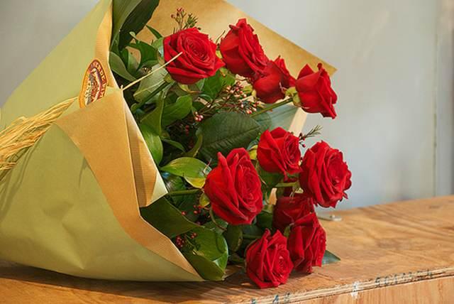 Ramos de rosas bonitas imagui - Ramos para regalar ...