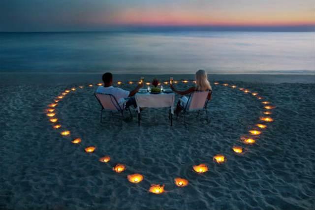 aniversario de novios momentos felices viaje romántico