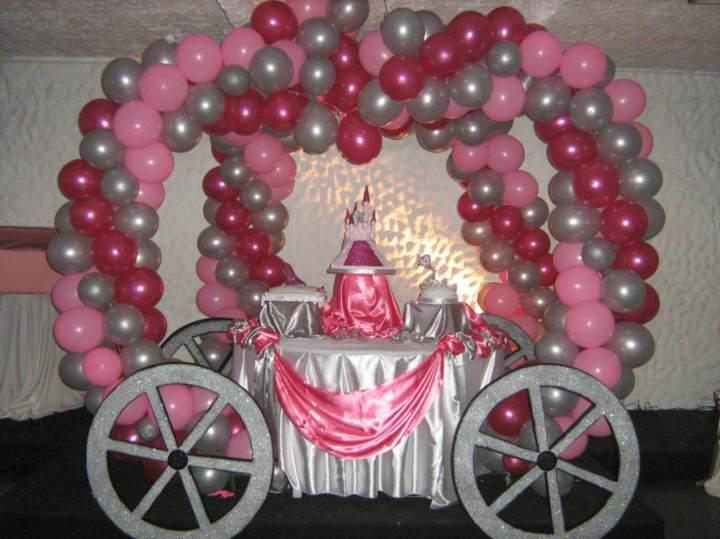 arreglos con globos ideas fantásticas fiesta 15 años día inolvidable