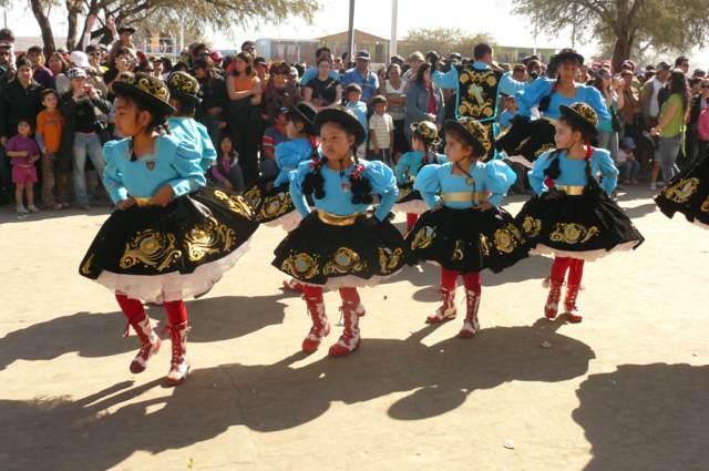 fiestas temáticas ideas trajes tradicionales niños