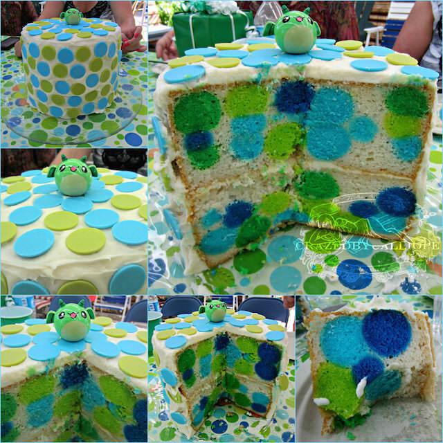 magnifico pastel de bautizo puntos polca