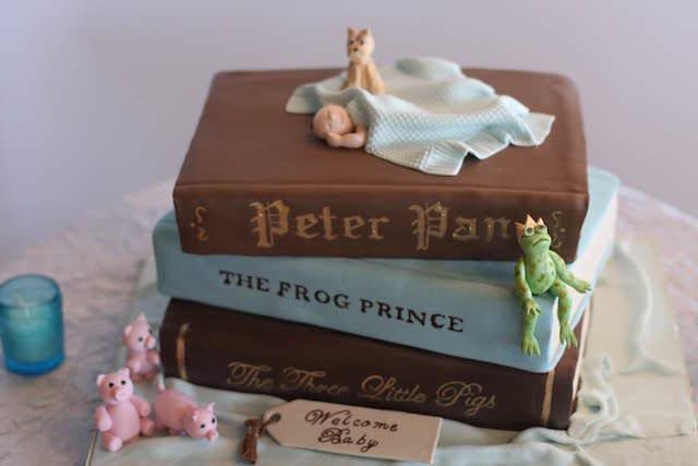 pastel para baby shower tema cuentos famosos