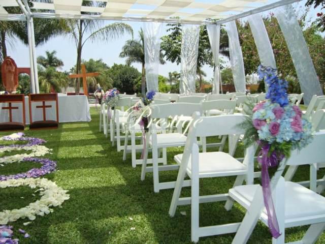 decoración jardín fiesta inolvidable flores hermosas
