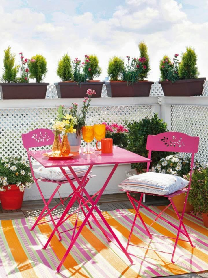 decoración terrazas balcones ideas verano colores diferentes