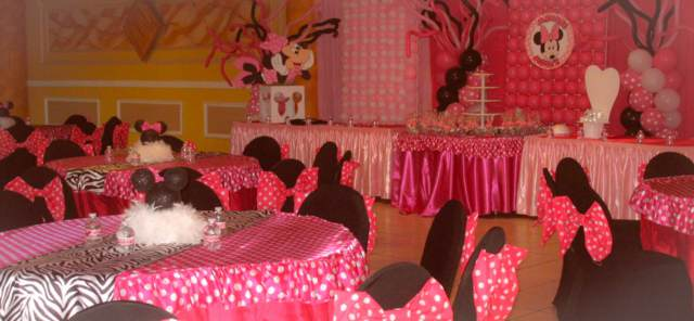 salones de fiestas infantiles decoración temática color rosa