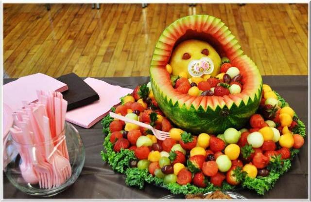 decoracion para baby shower bebé fabuloso hecho de frutos