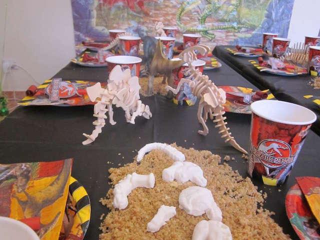 decoracion para cumpleanos tematica Jurassic world