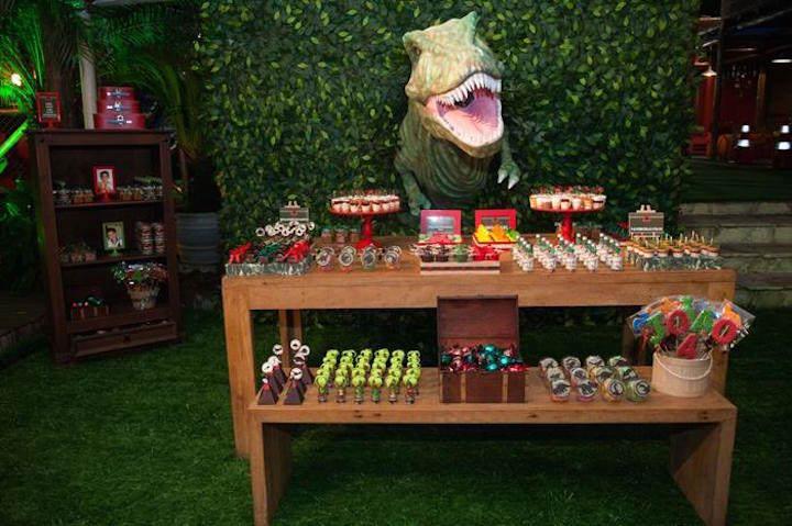 estupenda decoracion para cumpleanos Jurassic World