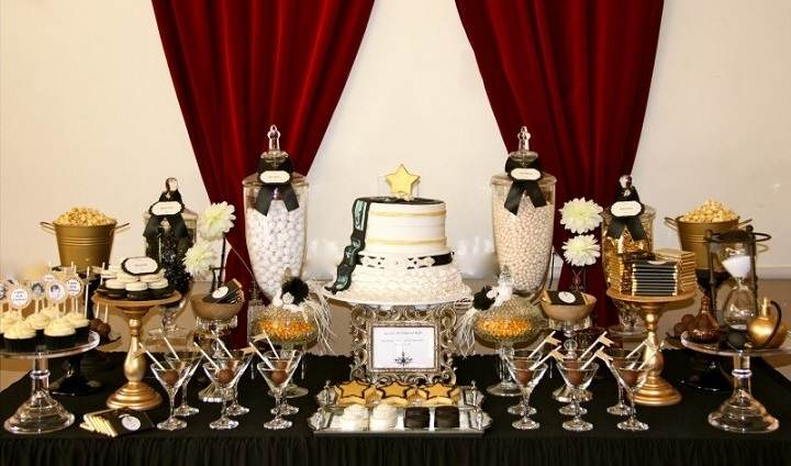 Oscarthegargoylecaststonegardenstatue moreover Hollywood Theme Bat Bar Mitzvah Sweet 16 Party additionally Decoracion Para Cumpleanos De Tema Peliculas furthermore Party Theme Host An Academy Awards Night Party moreover Hollywood Party Ideas. on oscar event decor