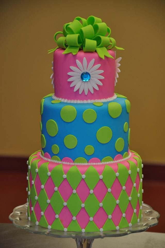 torta multicolor decoracion para cumpleanos en colores neon